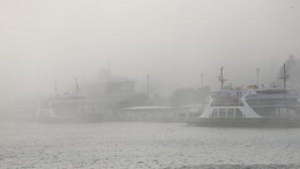İstanbul da deniz ulaşımına sis engeli