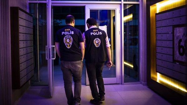 9 ilde FETÖ nün hücre evlerine operasyon: 36 gözaltı