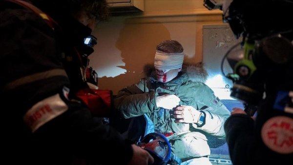 Fransız polisinin foto muhabiri Yalçın ı yaralamasını kınıyoruz