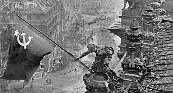 Rusya Erdoğan ı Zafer Günü nün 75 yıl dönümü için resmen davet etti
