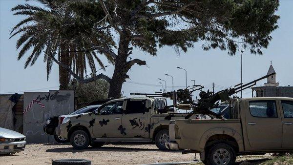 Hafter Trablus a saldırı için takviye güç yığıyor