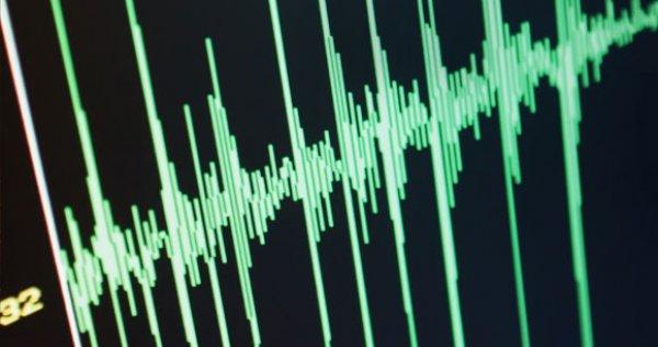 Endonezya da 5 8 büyüklüğünde deprem