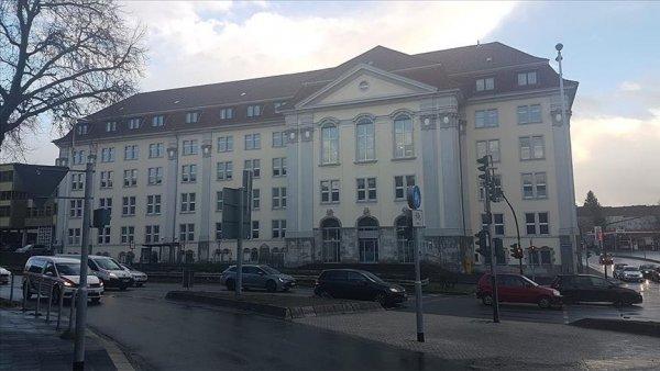 Almanya da camiyi yakmak isteyen kişiye 3 yıl 6 ay hapis cezası