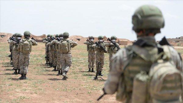 Sınır ötesinin kahramanları bayrama görev başında girdi