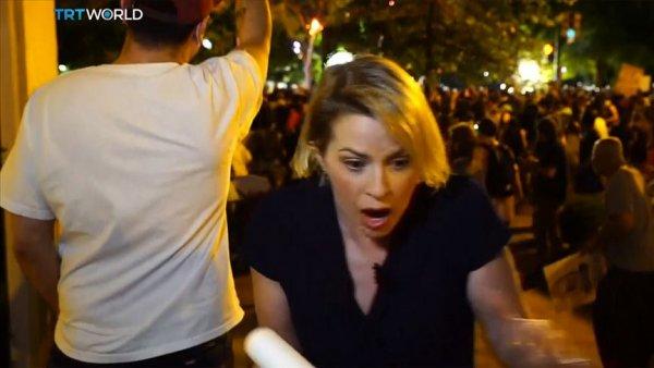 ABD deki protestoları takip eden TRT World ekibine iki ayrı saldırı