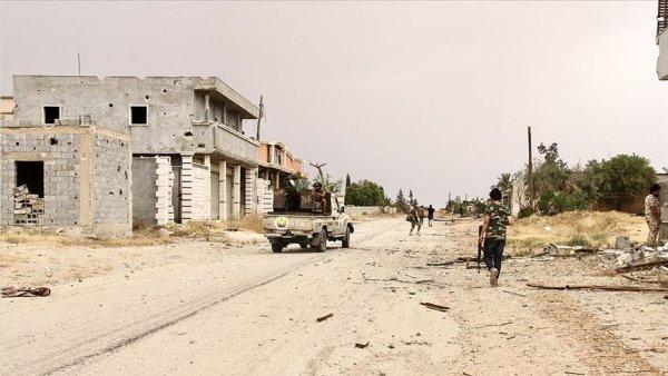 Libya ordusu Trablus Havalimanı nı kurtarma operasyonu başlattı