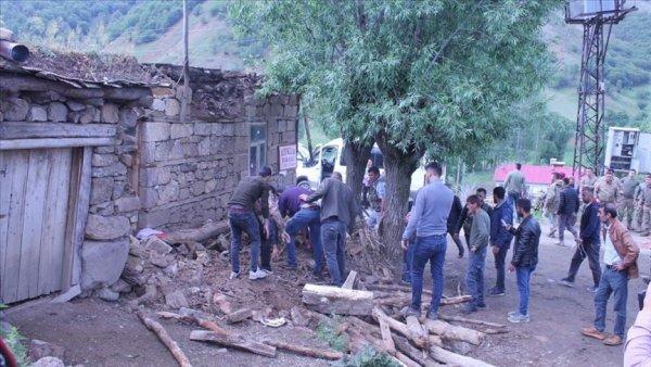 AFAD: Bingöl de 5 6 büyüklüğünde deprem