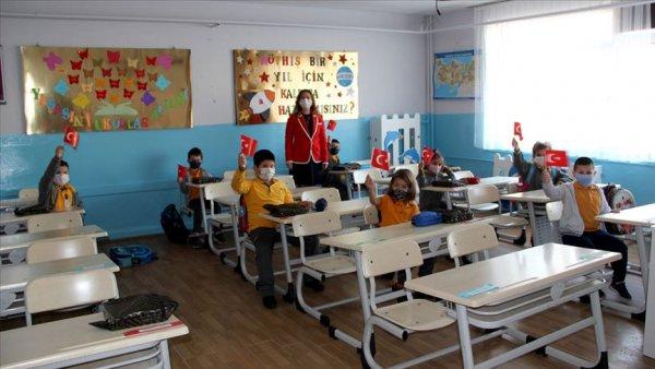 Okullarda uyum eğitimi başladı