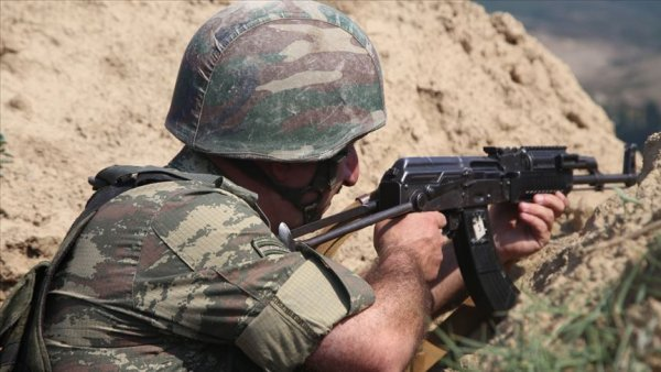 Ermenistan Azerbaycan sınırındaki çatışmada Azerbaycan askeri şehit oldu