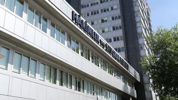 HSK FETÖ ile irtibatlı 11 hakim ve savcıyı meslekten ihraç etti