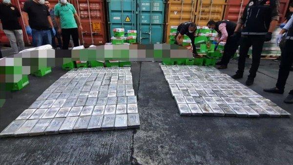 Mersin Uluslararası Limanı nda 220 kilogram kokain ele geçirildi