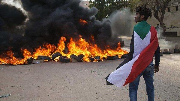 Sudan da hükümet karşıtı gösterilerde 1 kişi öldü 14 kişi yaralandı