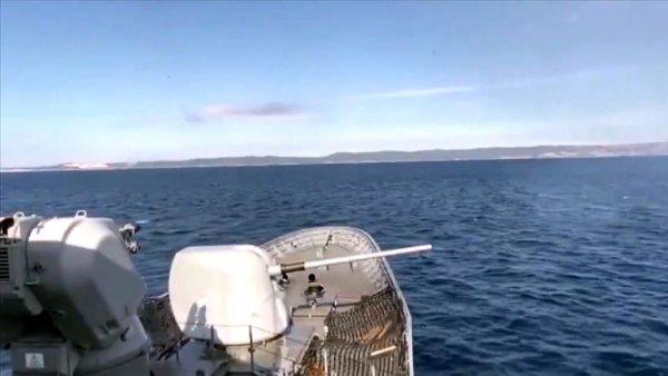 MSB: Saros Körfezi nde atışlı fiili silah eğitimi yapıldı