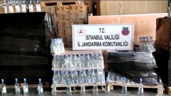 İstanbul da jandarmanın düzenlediği operasyonda 2 5 ton sahte içki