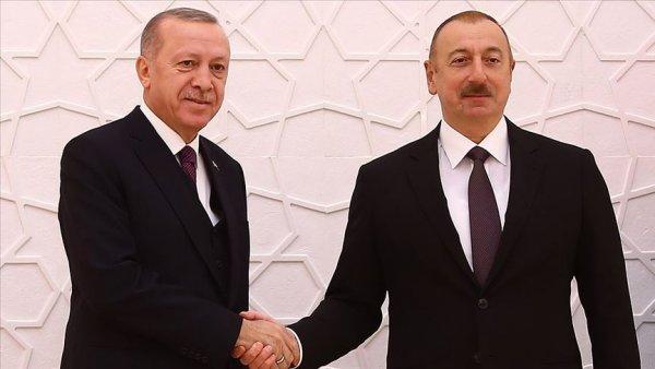 Aliyev 29 Ekim Cumhuriyet Bayramı nı kutladı