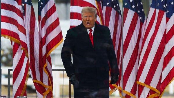 Trump bitiş çizgisine sendeleyerek ilerliyor