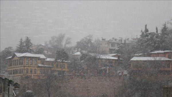 Bursa da kar yağışı