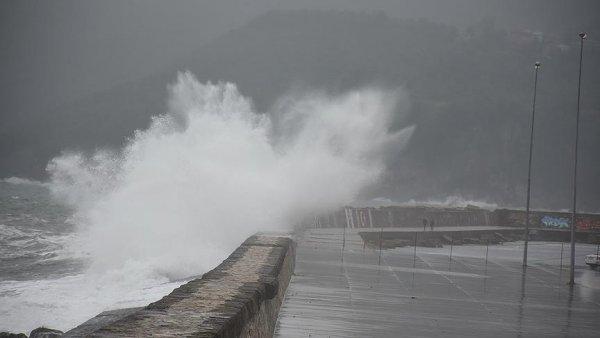 Karadeniz de fırtına etkili oluyor