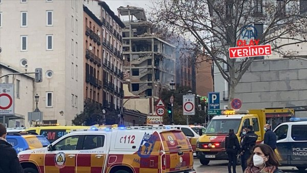 Madrid de bir binada şiddetli patlama meydana geldi