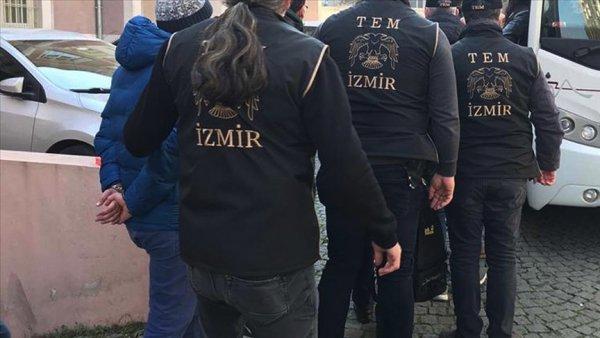 İzmir de FETÖ operasyonu: 35 şüpheli yakalandı