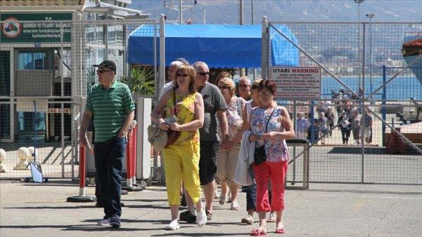 Turizmin başkentinde 90 ülkeden insan yaşıyor