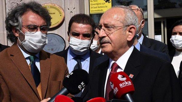 Siyasi partilerin genel başkanları mahkemeye hakim tayin edemez