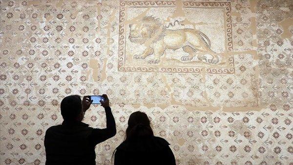 Türkiye nin mozaik eserleri göz kamaştırıyor