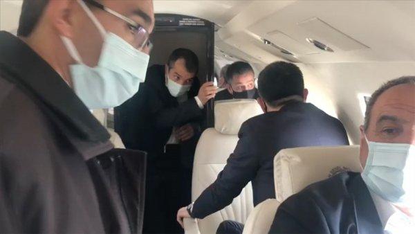 Bakan Pakdemirli nin yer aldığı uçak Malatya ya zorunlu iniş yaptı