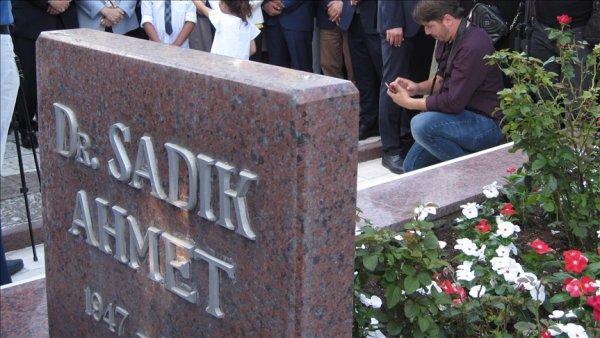 TRT Dr Sadık Ahmet in hayatını beyaz perdeye taşıyacak