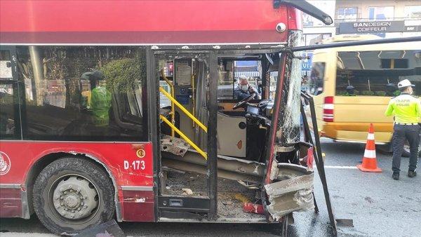 Beşiktaş ta bariyerlere çarpan otobüsteki bir yolcu hayatını kaybetti
