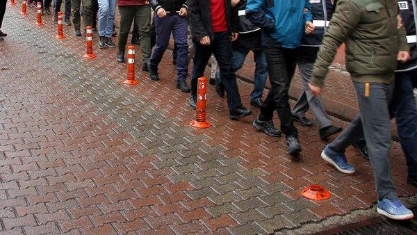 183 kişiye FETÖ den gözaltı kararı