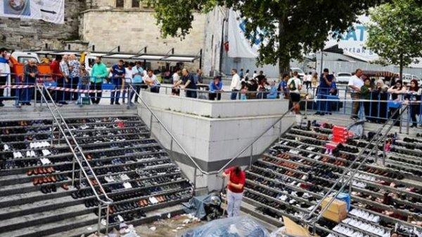 2019 yılında Eminönü nde yaşanan unutulmaz felaketin fotoromanı