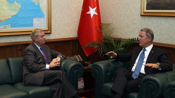 ABD li Senatör Graham Akar ı makamında ziyaret etti