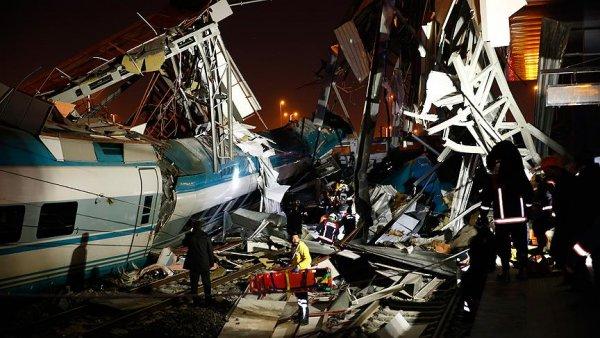 Ankara da hızlı tren kazası: 9 ölü 47 yaralı