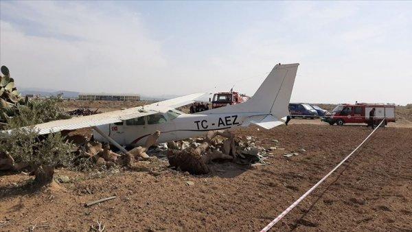Antalya da sivil eğitim uçağı düştü