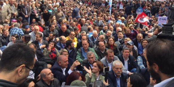 Binlerce CHP li Taksim de oturma eylemi yaptı