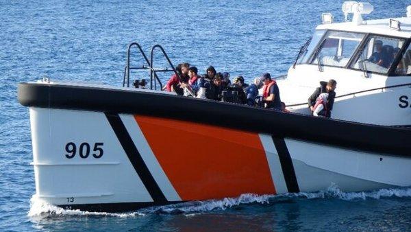 Çanakkale de 90 düzensiz göçmen yakalandı