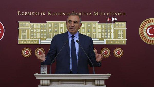 CHP li Tekin den partisine aday belirleme eleştirisi