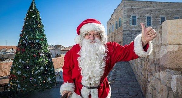 Çocuklara Noel Baba gerçek değil dedi gözaltına alındı