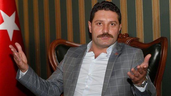 Erdoğan ile beraber gömleğimizi kefen olarak giymeye ant içiyoruz