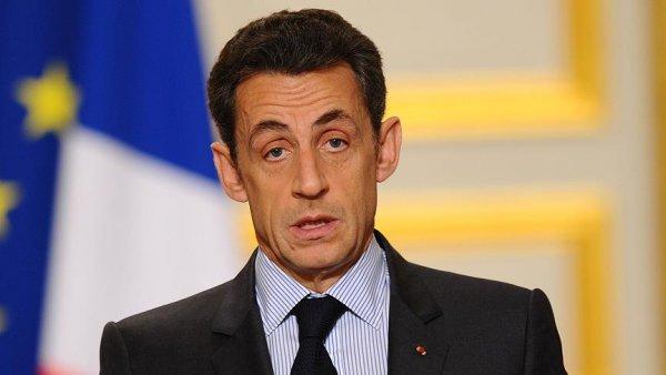 Eski Cumhurbaşkanı Nicolas Sarkozy gözaltına alındı