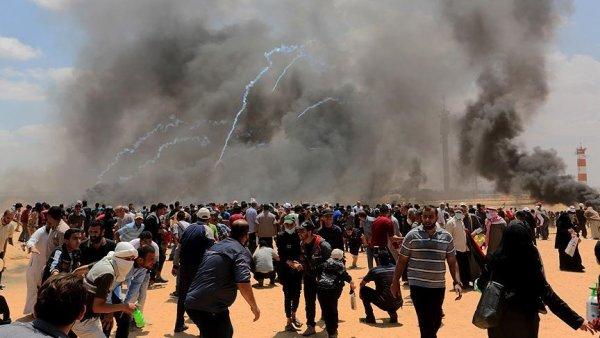 Gazze deki gösterilerde 52 Filistinli şehit oldu 1693 Filistinli yaralandı