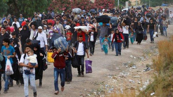 Suriyeliler parti kuruyor iddiası