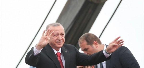 Halk düşmanı bu faşist zihniyete İstanbul u teslim etmeyeceğiz