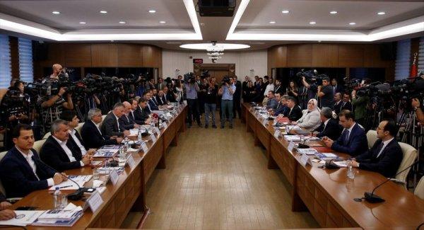 Hükümet ile Türk İş toplu iş sözleşmesi üzerinde anlaştı