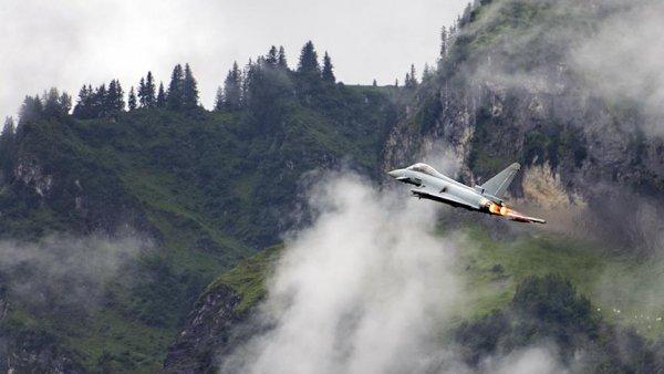 İspanyol savaş uçağı yanlışlıkla Estonya da füze fırlattı