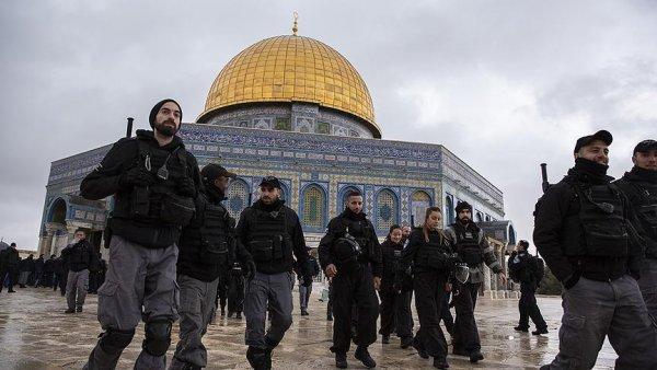 İsrail polisi Kubbetu s Sahra kuşatmasını kaldırdı