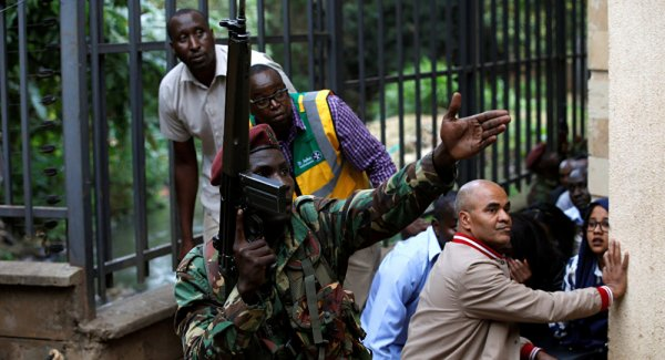 Kenya da bir otele saldırı: El Şebab üstlendi