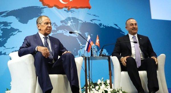 Lavrov ve Çavuşoğlu ndan ortak basın toplantısı
