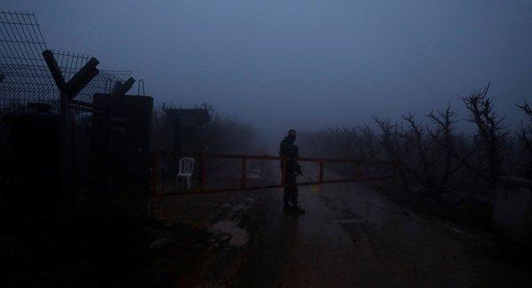 Lübnan sınırına duvar inşa eden İsrail i BMGK ya şikayet edecek